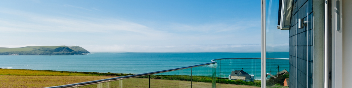 Polzeath Seagrass House Balcony by Cornwall Architects The Bazeley Partnership